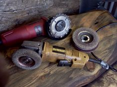 How-to Use an Angle Grinder on Wood