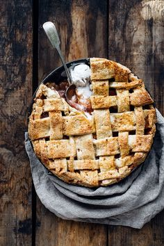 Nectarine, Tea, and Amaretti Pie (Dairy-Free)
