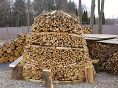 Firewood doesn\u0027t have to stacked in straight lines \u002D\u002D here\u0027s a tutorial on a traditional technique to stack wood in a pile that looks attractive and also seasons and dries firewood properly.