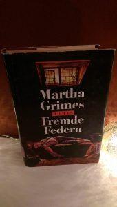 Martha Grimes – Fremde Federn – tinaliestvor