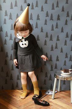 Girls dress for Halloween by hellodearkids