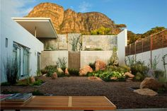 Newlands House by Antonio Zaninovic Architects, Cape Town, South Africa