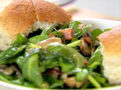 Look at this recipe - Spinach Salad with Warm Bacon and Apple Cider Dressing - from Ellie Krieger and other tasty dishes on Food Network. Food Network Recipes, Cooking Recipes, Healthy Recipes, Healthy Dinners, Warm Bacon Dressing, Bacon Salad, Cheese Salad, Dressing Recipe, Salad Dressing