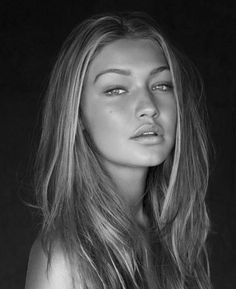 Gigi Hadid | Inspiration for Photography Midwest | photographymidwest.com | #pmw #photographymidwest