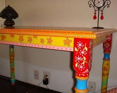 Painted dining table   (i think it looks more like a sofa table or foyer table