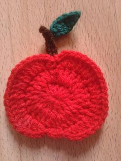 Bits & Bobbles : How to Crochet an Apple