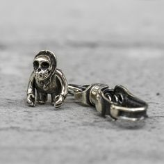 LUDO Gorilla Skull Pendant Keychain from Blamo Toys. Uncle Ludo is a character of great integrity. He is a connoisseur of whiskey and recognized for his charming and witty ways. He has been involved in the music industry for over 20 years and is responsible for the stardom of BLAMO's Hip Hop Billy. He also has his own ill skillz on the mic.