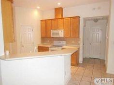 http://www2.trulia.com/property/2007576309-7-Bunting-Dr-Crawfordville-FL-32327#photo-1