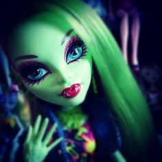 Monster High doll- Venus McFlyTrap