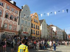 Landshut Wedding in Bavaria is a medieval spectacle Bavaria, Medieval, Street View, Wedding, Mariage, Bayern, Mid Century, Weddings, Middle Ages