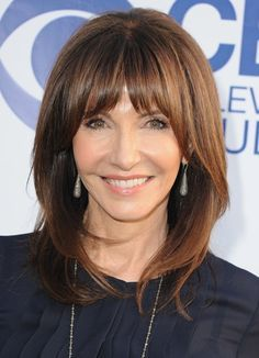 Mary Steenburgen shoulder-length hair