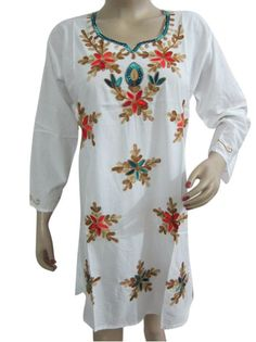 9868ba3d029 Amazon.com  Bohemian Fashion Tunic Top White Kurti Floral Embroidered  Cotton Kurta M Size  Clothing