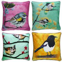 Vrolijke vogelkussens van Myrte Cuba, Bird Pillow, Interior And Exterior, Interior Ideas, Vintage Colors, Restaurant Design, Cushion Covers, Pillow Cases, Artsy