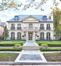 images of traditional style houses | House Styles: What kind of house are you? This is a bit grand, but i like the overall design.