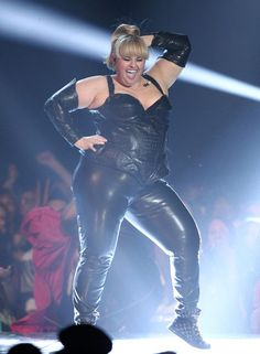 Rebel Wilson dancing in black leather at the MTV movie awards. #fat #bbw #curvy #fullfigured #chubby #plussize #thick #beautiful #sexy