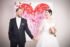 Butterfly Heart Wedding Backdrop made by Lizzie at Shoot&Style / Bespoke Backdrops for your wedding / Hintergrund Maßgeschneidert für eure Hochzeit / creative wedding photography