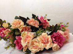 Para Loja Maria Bunita 💐  Coleção primavera/verao 2017  Coroa de Flores 💐🌸🌺🌼🌷🌿  Faço por encomenda e envio para todo Brasil.   #coroadeflores #floresartificiais #flores #artesanato #criatividade #trabalhomanual #arcodeflores #mulher #feminina #feminilidade #vaidade #fantasia #adereço #acessorio #acessoriofeminino #primaveraverao #primavera #verao
