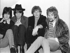 THIS DAY IN ROCK HISTORY: March 3, 1967:  The Jeff Beck group makes it's first stage performance featuring a yet unknown Ron Wood, Aynsley Dunbar and Rod Stewart.