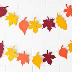 Print out this paper leaf garland for Thanksgiving.
