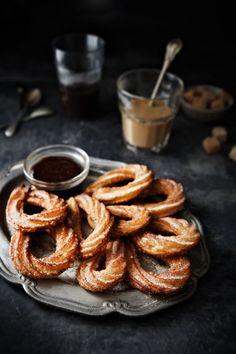 Dessert : (à partager) : Chocolat chaud au nutella et Churros
