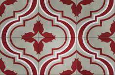 PIC ROUGE  Nos carreaux de ciment, traditionnels et intemporels, sont réalisés manuellement, offrant ainsi de subtiles nuances dans chaque coloris.