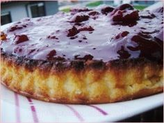 Tarta de queso y yogur con mermelada Cheesecake Recipes, Dessert Recipes, Desserts, Dessert Ideas, Bread Recipes, Cooking Recipes, Cream Pie, Sin Gluten, Cakes And More
