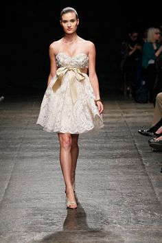 c484788b02d62 Les 86 meilleures images du tableau Dresses. sur Pinterest   Dress ...
