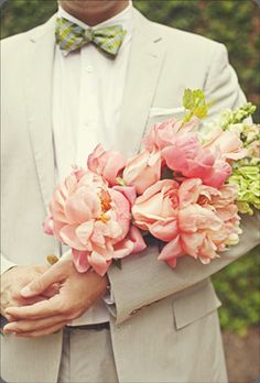 An arm bouquet of peonies #pink #peonies #armbouquet