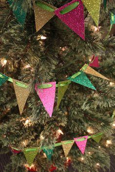 DIY-Christmas-Tree-Decor