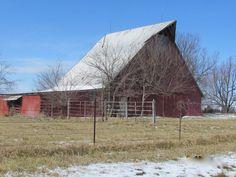 Ozark old Barn, J' Larson