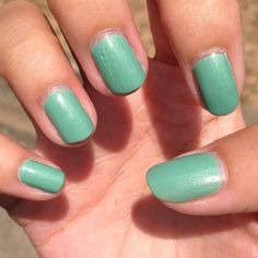 Sinful Colours - Mint Green 2014 mani 11