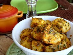 Wing It Vegan: Mint Chip Ice Cream and Steamed Potatoes with a Minty Dressing Dairy Free Recipes, Vegan Recipes Easy, Vegetable Recipes, Real Food Recipes, Cooking Recipes, Gluten Free, Yummy Recipes, Vegan Roast Dinner, I Love Food