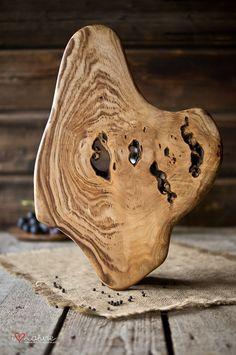 Natural shape serving board