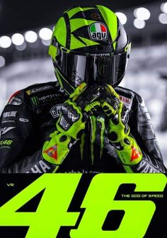 Valentino Rossi Helmet, Valentino Rossi Logo, Valentino Rossi Yamaha, Vale Rossi, Velentino Rossi, Moto Design, Course Moto, Biker Photoshoot, Agv Helmets