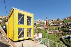 Completed in 2015 in Valparaíso, Chile. Images by Alejandra Carrasco, María Cirano. After the fire of Valparaiso on April students and faculty of the Department of Architecture at the Technical University Federico Santa. Timber Architecture, Architecture Office, Architecture Details, Building Structure, Building A House, Emergency House, Fantasy Suites, Self Build Houses, Hot House