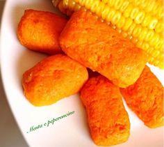 """Le """"Crocchette di carote light"""" sono semplici da preparare, il contorno perfetto per tutti coloro che vogliono mantenersi in forma senza rinunciare al gusto Kitchen Recipes, Baby Food Recipes, Cooking Recipes, Lunch Menu, Light Recipes, Going Vegan, Sweet Potato, Potatoes, Vegetables"""