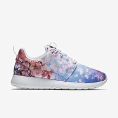 ROSHE ONE CHERRY BLOSSOM Damen Nike Mod. 819960 - http://on-line-kaufen.de/nike/roshe-one-cherry-blossom-damen-nike-mod-819960