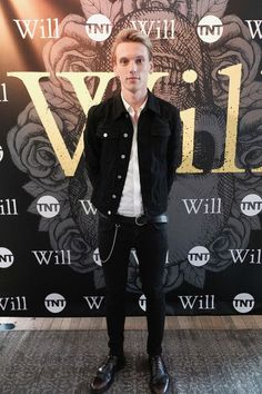 Jamie Campbell Bower Photos - Actor Jamie Campbell Bower attends the TNT Supper Club: Will Dinner event during TNT at Vulture Festival at West Edge on May 2017 in New York City. - TNT At Vulture Festival James Campbell, Jamie Campbell Bower, Laurie Davidson, Mortal Instruments Jace, Christopher Marlowe, Jace Wayland, Tall Guys, Attractive People, Sweet Style