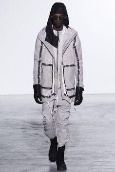 Boris Bidjan Saberi Fall 2016 Menswear Fashion Show