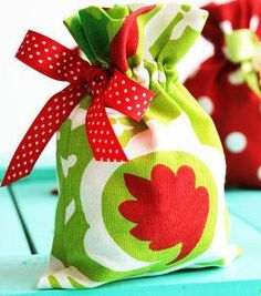 Drawstring Fabric Gift Bags | AllFreeSewing.com