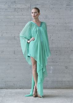 Flat pleated dress in pure silk chiffonand satin