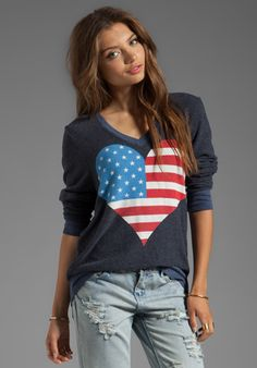 WILDFOX COUTURE American Beach Party V-Neck Pullover in Hey Sailor - 4th of July