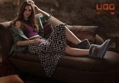 Classic Ugg Boots, Ugg Classic, Uggs, Tote Bag, Fashion, Moda, Fashion Styles, Totes, Fashion Illustrations