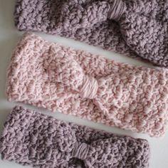 Ava Ear Warmer crochet pattern - knotted ear warmer - easy ear warmer crochet pattern by Little Monkeys Design Crochet Stitches Patterns, Crochet Edgings, Crochet Borders, Crochet Afghans, Crochet Blankets, Crochet Headband Pattern, Crochet Headbands, Crochet Scarves, Crochet Hats