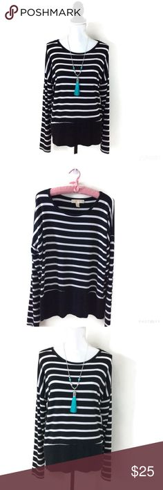 """MICHAEL KORS STRIPED TOP MICHAEL Michael Kors Striped Top  Black & White  Boat Neckline   Black Around the Bottom. High-Low Hem  Cute with White Capris or Jeans  Size M  45"""" B, 25 1/2"""" front Length, 27 1/2"""" back Length   *Care Tag is missing. Probably Cotton/Polyester blend  🚫NO TRADES MICHAEL Michael Kors Tops"""