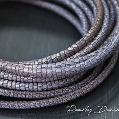 New gorgeous colors of high end metallic leather cord listed. Shop now to dazzle everyone over the holidays ! Metallic Leather, Leather Cord, Reptiles, Cordon En Cuir, Leather Necklace, How To Make Beads, Lampwork Beads, Bracelets, Etsy