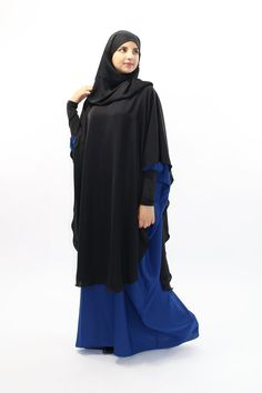 Long khimar with cut to the collar: Abaya Style, Hijab Style, Moslem Fashion, Modele Hijab, Aisle Style, Muslim Hijab, Caftan Dress, Couture Sewing, Abaya Fashion