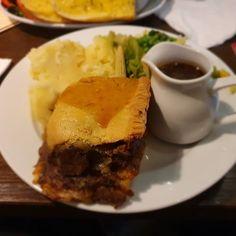 Good #SteakandAlePie #foodie #RealPubFood Steak And Ale, Pub Food, Hamburger, Pie, Dishes, Meat, Ethnic Recipes, Torte, Cake