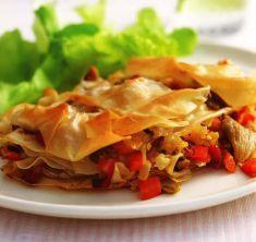 Torta di pasta fillo con funghi, porro e peperoni rossi - Tutte le ricette dalla A alla Z - Cucina Naturale - Ricette, Menu, Diete
