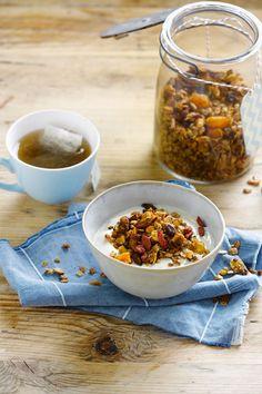Maak je eigen granola! Heerlijk met Alpro plantaardige variatie op yoghurt Naturel